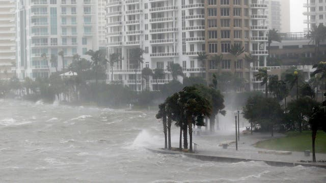 Huracán Irma en Miami deja tres muertos y destrozos