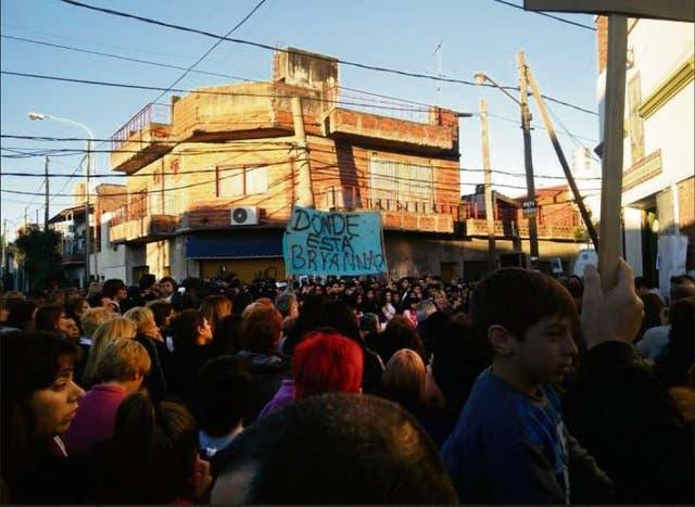 Ayer a la tarde, cientos de personas participaron de una misa por Bryanna