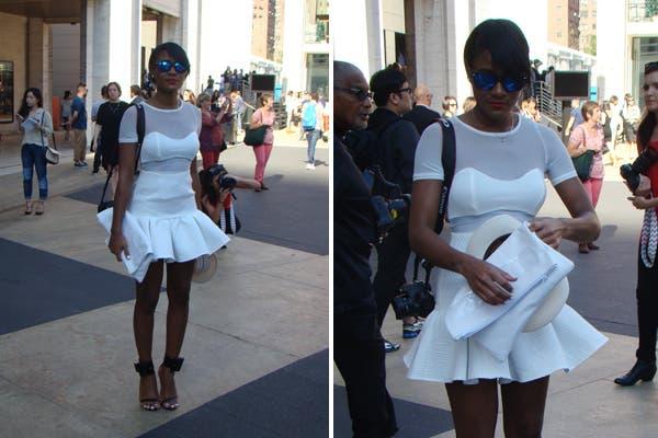 Vestido blanco con transparencias. ¡Toda la onda!. Foto: Candelaria Palacios