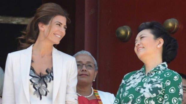 Juliana Awada tiene su agenda paralela en China, donde comparte espacios con la esposa del mandatario Xi Jinping