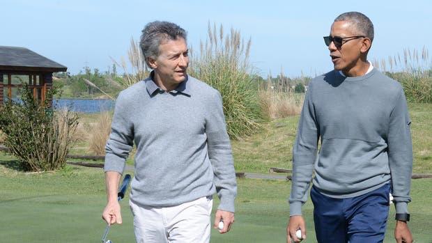 Mauricio Macri y Barack Obama juegan juntos al golf en Bella Vista