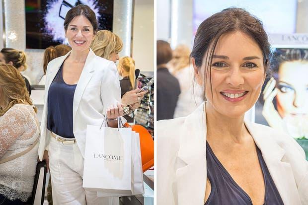 Con un traje blanco, Andrea Frigerio visitó La Maison Lancome, en Falabella de Unicenter. Foto: Mediática PR
