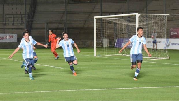 Los chicos del Sub 15, en la final del Sudamericano