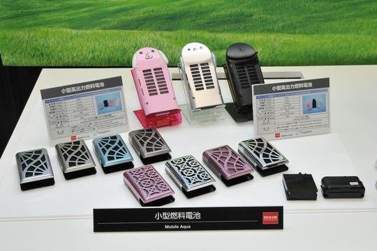 Celdas de combustible para teléfonos celulares (reemplazan las baterías). Foto: Ceatec