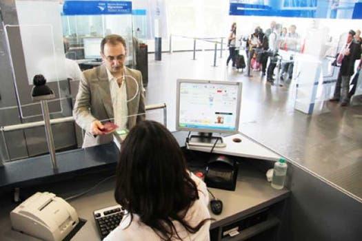 Parte del registro de datos biométricos de Sibios está presente en los puestos de control de Migraciones. Foto: Gentileza migraciones.gob.ar