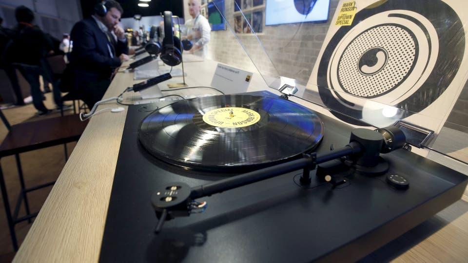 Sony presentó en la última feria CES de Las Vegas un reproductor de vinilo con sonido de alta definición