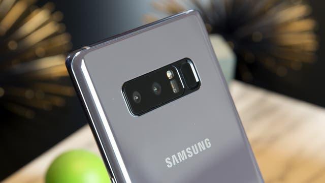 Una vista de la doble cámara del Galaxy Note 8