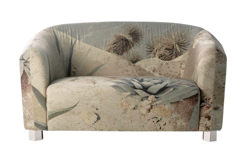 Estampas del desierto en el tapizado del sillón que hicieron en conjunto Diesel y Moroso para su colección 'Living', moroso.it.