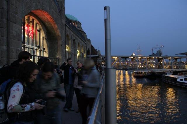 Los más exigentes suelen visitar los restaurantes junto a los canales