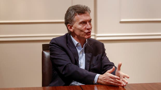 Mauricio Macri continuará atendiéndose en el Hospital Fernández durante su presidencia