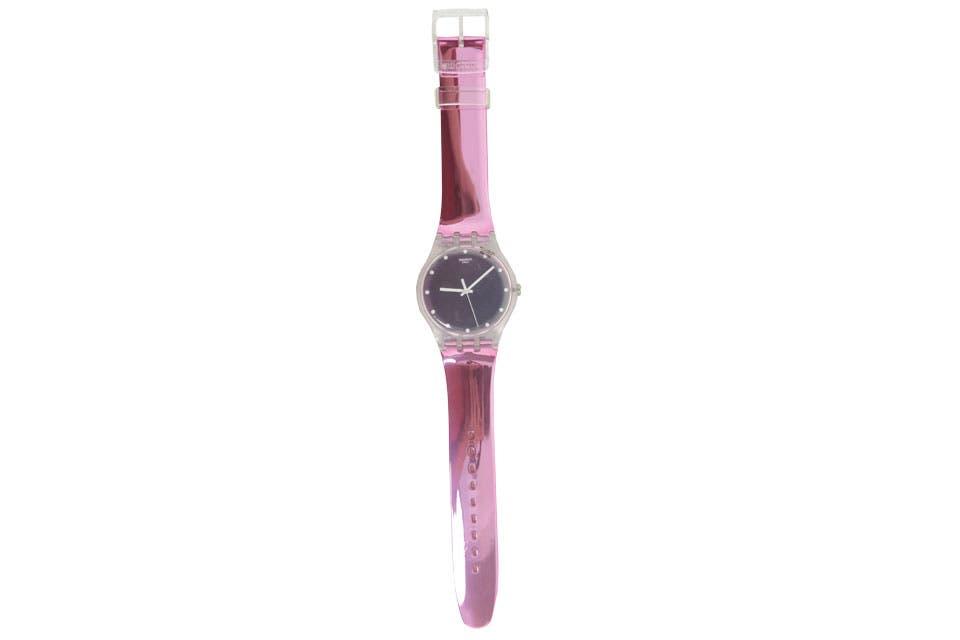 Reloj metalizado Swatch, $1595.