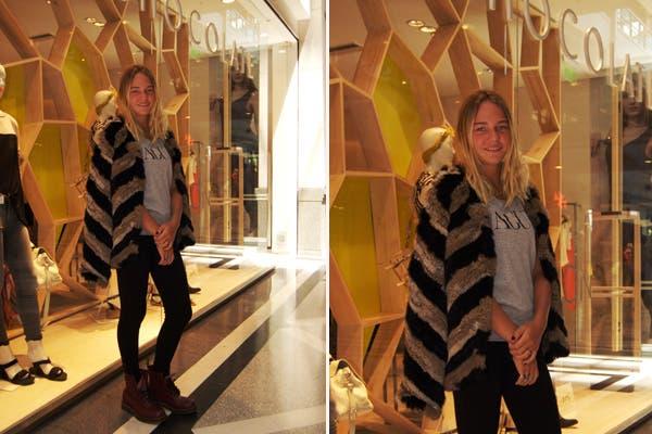 Fini Bocchino también se dio una vuelta por el local de Chocolate y se sacó una foto con uno de los abrigos de la nueva colección. ¿Qué te parece?.