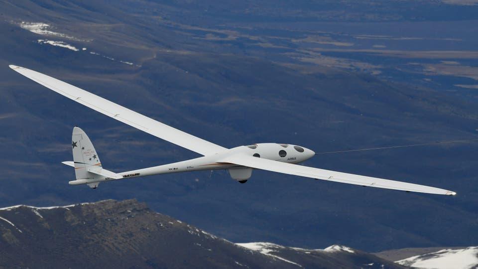 Perlan II, el aeroplano que logró batir un récord mundial de altura en el cielo patagónico