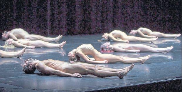 Antes, una de las tres partes de la serie coreográfica de Botelho, abre mañana las funciones en el C.C. 25 de Mayo