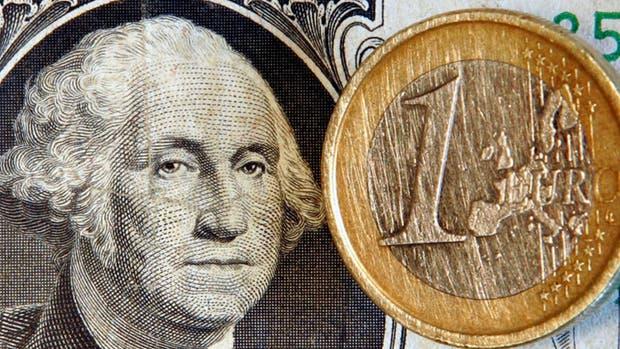 El dólar paralelo avanza por segunda rueda consecutiva