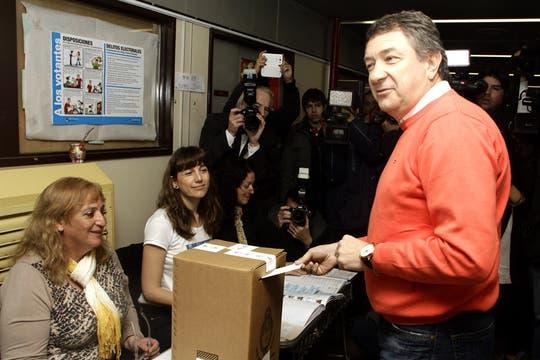Norberto Yauhar votó en Chubut a las 11 de la mañana. Foto: Prensa Yauhar