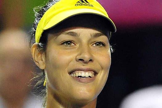 Al lado de Anita, Sharapova no esisssste. Foto: AFP
