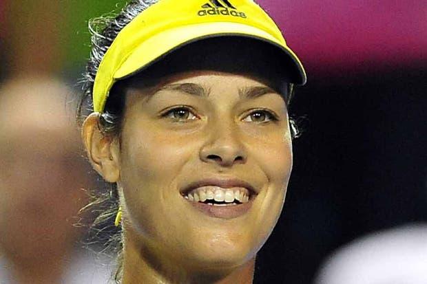 Al lado de Anita, Sharapova no esisssste.  Foto:AFP
