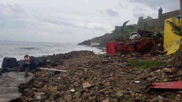 """El barrio que popularizó """"Despacito"""", devastado por el huracán María"""