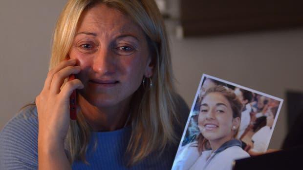 Verónica, la madre de Lucía, quebrada tras la muerte de su hija