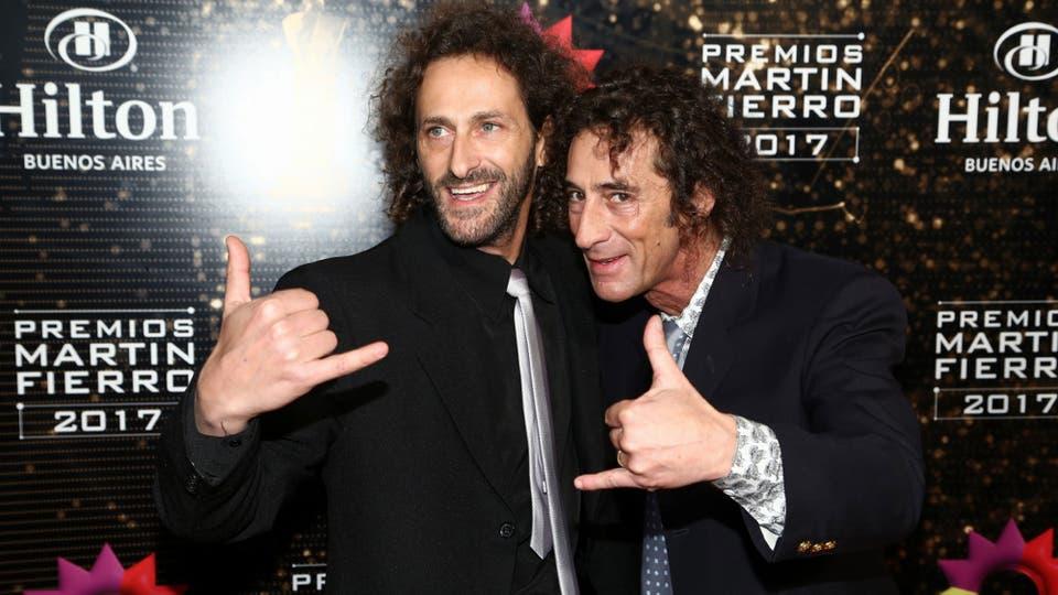 Eugenio y Sebastián Weinbaum, los personajes de MDQ, lucieron felices en la previa a la ceremonia. Foto: Gerardo Viercovich
