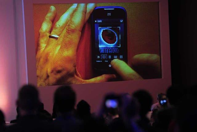 La presentación de la fundación Mozilla en el Congreso Mundial de Móviles acaparó la atención de la industria ante la llegada de una nueva plataforma para teléfonos inteligentes