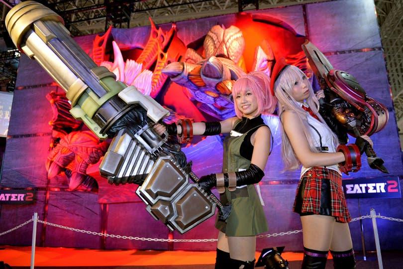 A su manera, las promotoras se lucieron en cada uno de los stands de la Tokyo Game Show, entre disfraces al estilo cosplay y algo más. Foto: AFP