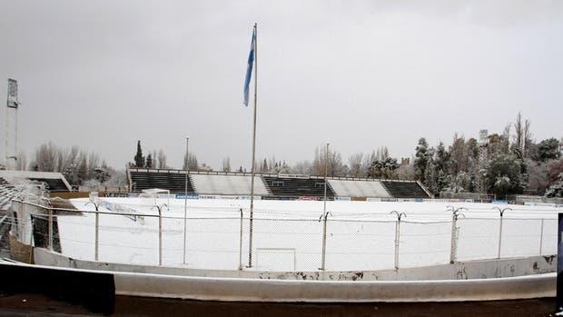 Campo nevado: horas después, Mitre lograría el ascenso