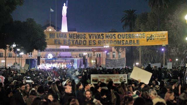 Ni una menos. Marcha contra la violencia de género desde el Congreso Nacional a Plaza de Mayo. Foto: LA NACION / Hernán Zenteno