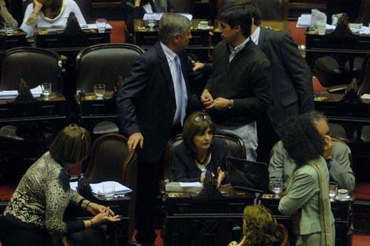 La oposición discute los pasos a seguir. Foto: DyN