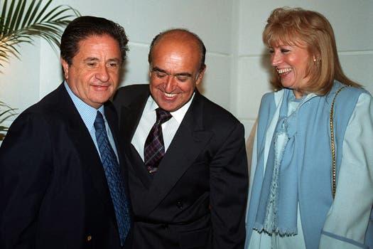 Duhalde junto al ex gobernador Ruckauf y la ex diputada Graciela Gianettasio; Ruckauf renunció el 2 de enero de 2002. Foto: Archivo