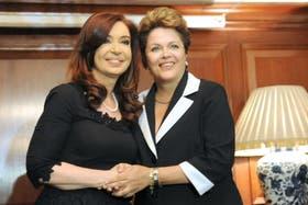 Cristina se reunión con Dilma en Santiago
