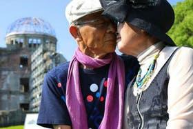 La pareja japonesa protagonista de esta historia de amor en Hiroshima