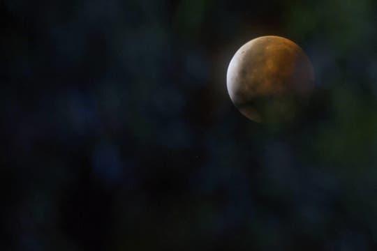 Asi se vio el eclipse en Quito, Ecuador. Foto: EFE