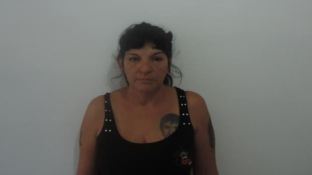 La mujer de 49 años está relacionada con la banda de Los Monos
