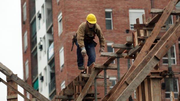 La construcción se derrumbó 19,2%
