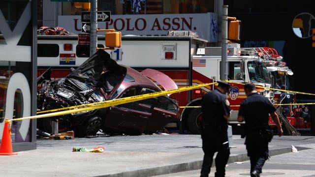 Un auto atropelló a varias personas en Times Square. Foto: AP