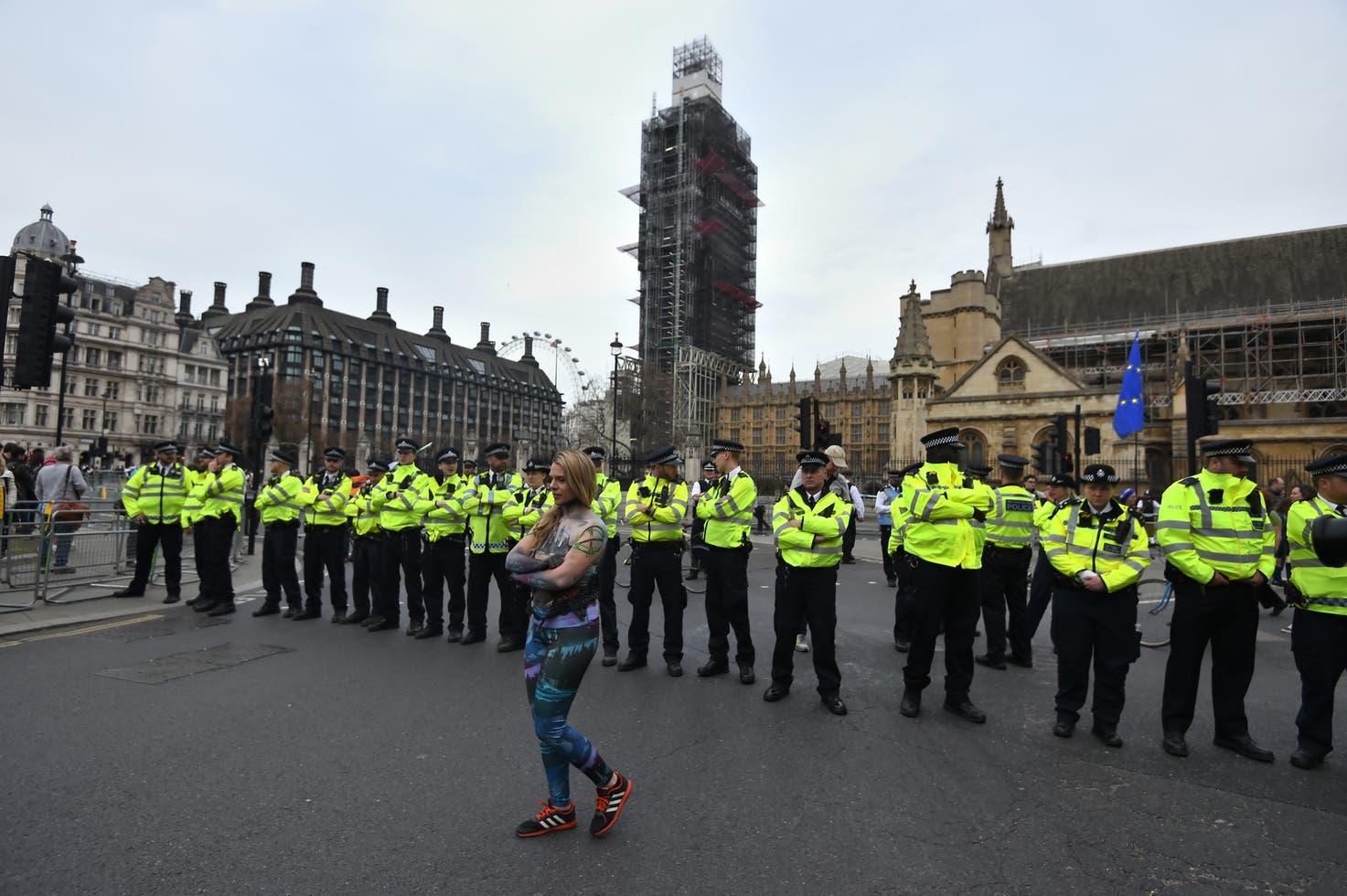 Extinction Rebellion bloquea el paso a la Bolsa de Londres