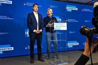 Adrián Pérez y Rogelio Frigerio, en conferencia de prensa tras la elección