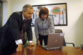 Sandra Yachelini, CEO de EDS en la Argentina y Chile, y Martín Ruiz