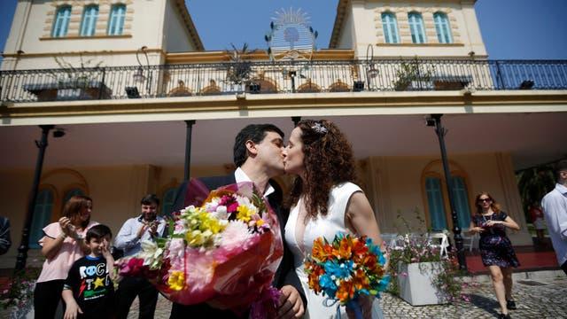 Mariela y Guillermo felices y casados