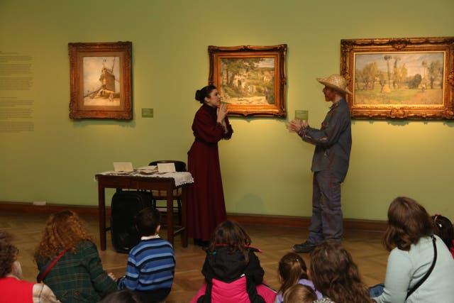 Teatralización en Bellas Artes, con el Van Gogh al fondo