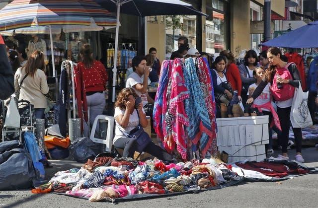Los vendedores ocuparon la calle, como de costumbre