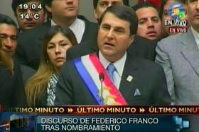 Imagen de la televisión de la asunción del nuevo presidente.