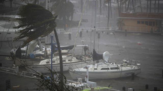 Con la llegada de Irma junto con Harvey fue la primera vez en la historia de Estados Unidos que dos huracanes categoría 4 recalan en sus costas en un mismo año