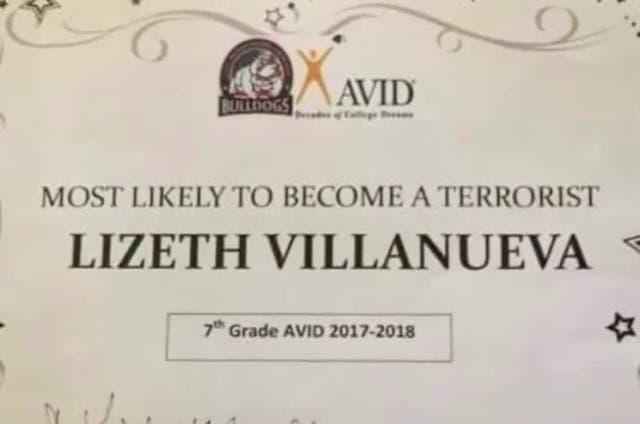 Más probable en convertirse en terrorista, la distinción que recibió una alumna de 13 años en un colegio de Texas