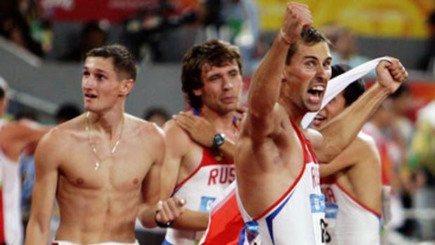 Anton Kokorin fue el único que devolvió su medalla