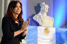 Cristina defendió a los subsidios a artistas
