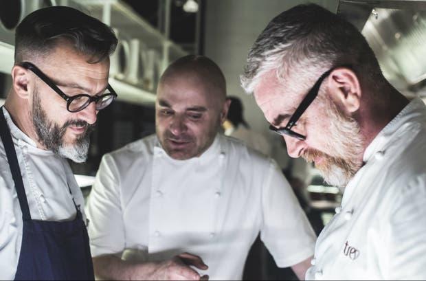 Fernando Trocca, Germán Martitegui y Alex Atala, cocinando a seis manos