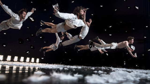 In Spite of Wishing and Waiting, espectáculo de danza del gran coreógrafo belga Wim Vandekeybus
